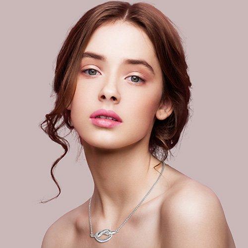 gioielli in argento vezzosi collana motivo a nodo