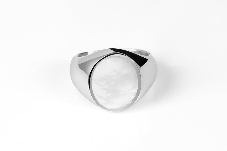 anello chevalier in argento 925 con madreperla