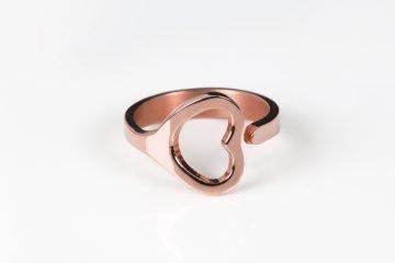 anello da donna in argento placcato in oro rosa con motivo a cuore