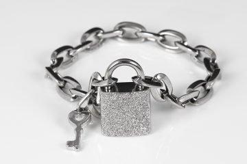bracciale in argento 925 a lucchetto